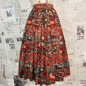 Super full vintage skirt with a really fun pattern